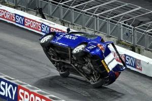 640px-Lancer_Evo_ski_stunt