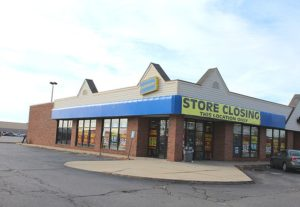 blockbuster_store_closing_ypsilanti_township_michigan
